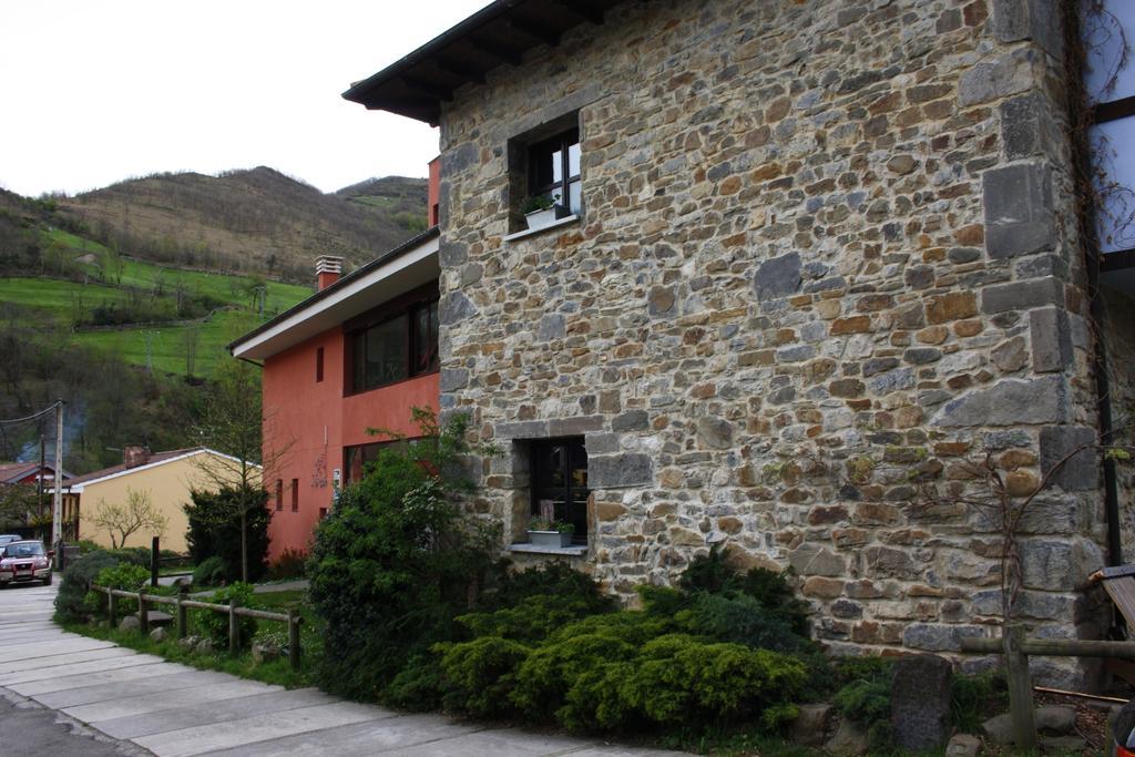 Exterior Xabú Hostel Ca'l Xabú 6
