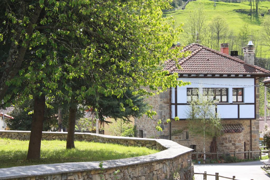 Exterior Xabú Hostel Ca'l Xabú